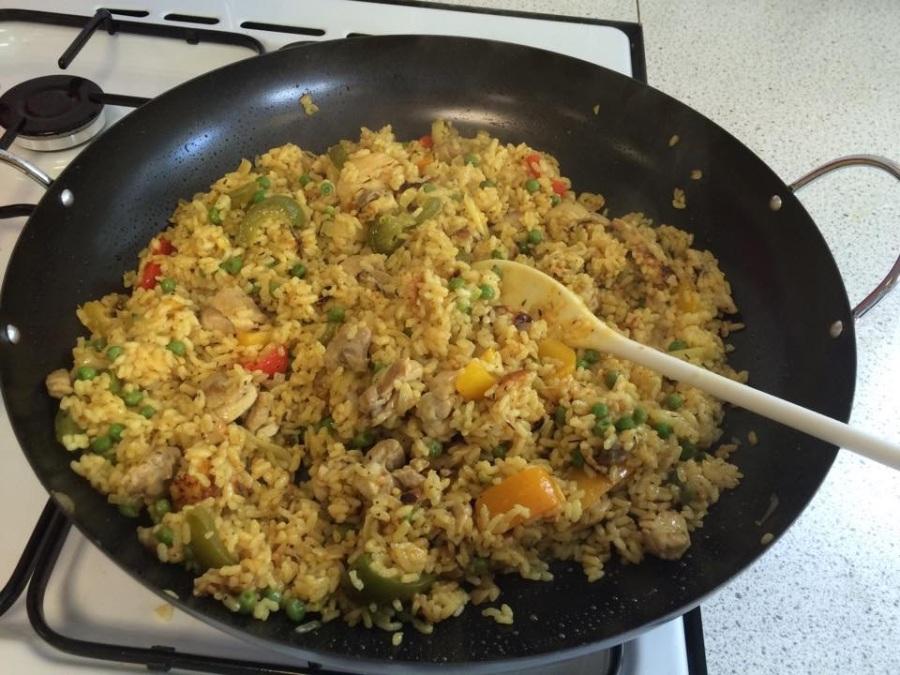 Introducing food culture :SpanishPaella